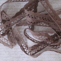 Paličkovaná krajka (185)